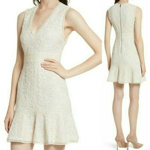 NWT Alice + Olivia V-Neck Lace Dress 2